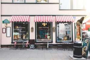 Tips for Designing Your New Window Graphics